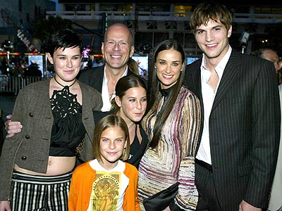 A FAMILY AFFAIR  photo | Ashton Kutcher, Bruce Willis, Demi Moore, Rumer Willis, Tallulah Belle Willis
