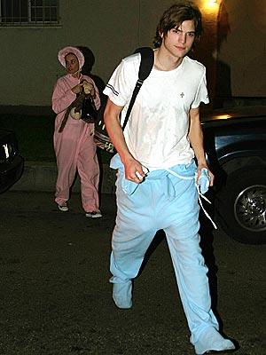 SPIRITUAL SIDES  photo   Ashton Kutcher, Demi Moore
