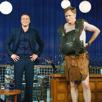 MAY 3: NEW YORK  photo | Brad Pitt, Conan O'Brien