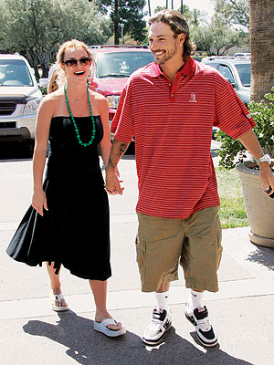 THE NEXT CHAPTER photo | Britney Spears, Kevin Federline