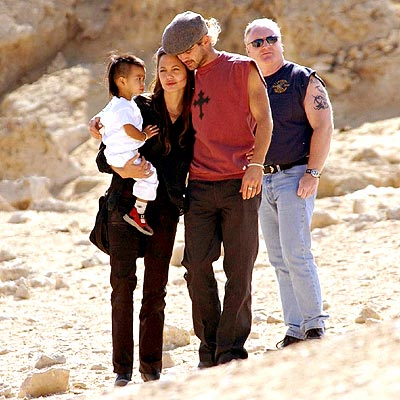 DESERT IDLE  photo | Angelina Jolie, Colin Farrell