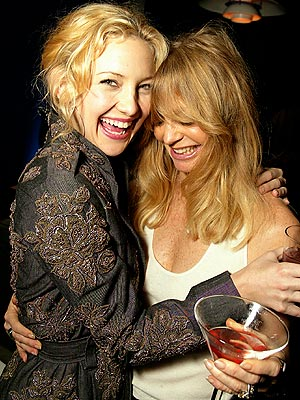 LIKE MOTHER, LIKE DAUGHTER photo | Goldie Hawn, Kate Hudson