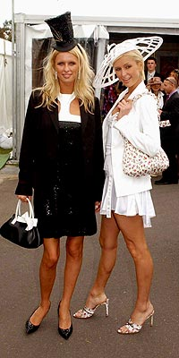 SISTER ACT photo | Nicky Hilton, Paris Hilton