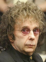 Phil Spector Threatened Ex-Girlfriend, Prosecutors Say