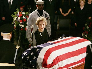Washington Pays Last Respects to Reagan | Nancy Reagan, Ronald Reagan