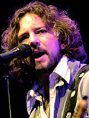 Pearl Jam Preps Fall Concerts and New CD | Eddie Vedder