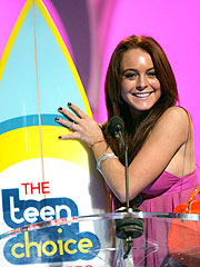 Lindsay Lohan Tops Teen Choice Awards
