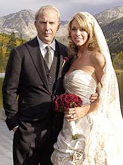 Kevin Costner Marries Girlfriend in Aspen