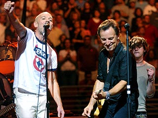 Springsteen, Stipe Hop On Kerry Bandwagon | Bruce Springsteen, Michael Stipe
