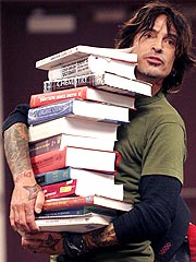Tommy Lee: 'Fish Out of Water' at College | Tommy Lee