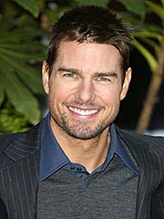 Cruise Needs Director, Superman Finds One | Tom Cruise