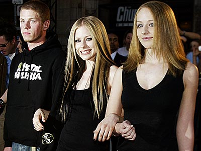 THE MIDDLE CHILD photo   Avril Lavigne