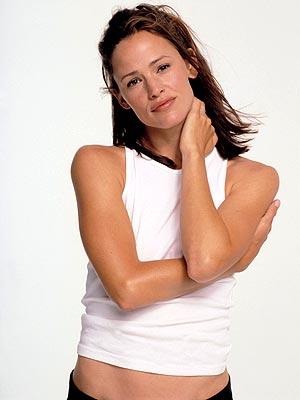 BEST ARMS: JENNIFER GARNER photo | Jennifer Garner