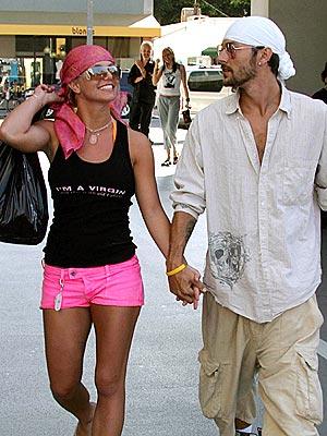JULY 24: VENICE, CALIF.  photo | Britney Spears, Kevin Federline