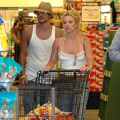 JULY 14: SANTA MONICA, CALIF.  photo | Britney Spears, Kevin Federline