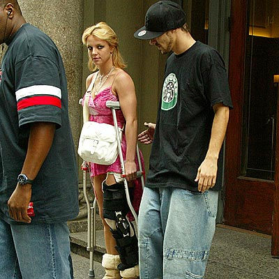 JUNE 16: NEW YORK CITY  photo | Britney Spears, Kevin Federline