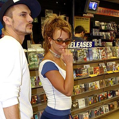 APRIL 25: SANTA MONICA  photo | Britney Spears, Kevin Federline
