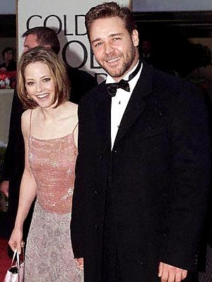 HOT DATE? photo | Jodie Foster, Russell Crowe