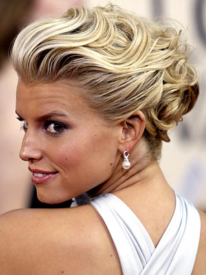 SLEEK & SEXY photo | Jessica Simpson