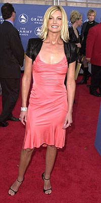 FASHION FLOP photo | Faith Hill