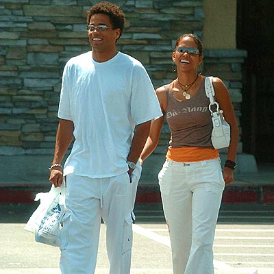 NEW MAN?  photo | Halle Berry, Michael Ealy