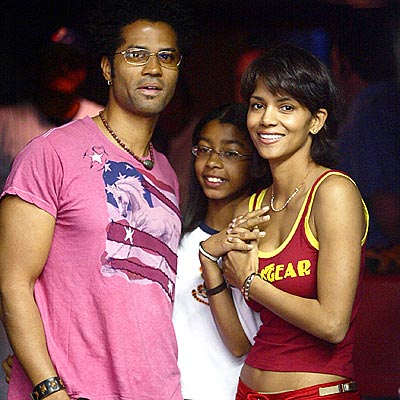 TOUGH LOVE  photo | Eric Benet, Halle Berry