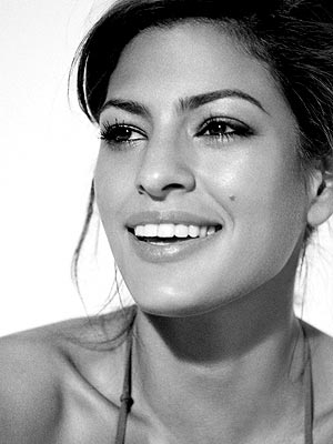 NEWEST IT GIRL photo | Eva Mendes