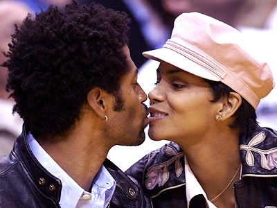 HALLE & HUBBY photo | Eric Benet, Halle Berry