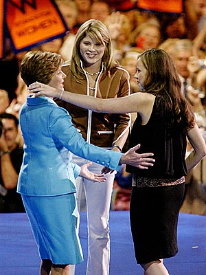 AUG. 31 photo | Barbara Bush, Jenna Bush, Laura Bush