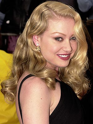 BLONDE BOMBSHELL photo | Portia de Rossi