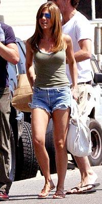 SHOP GIRL  photo | Jennifer Aniston