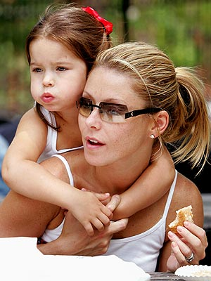 MOMMY & ME  photo | Kelly Ripa