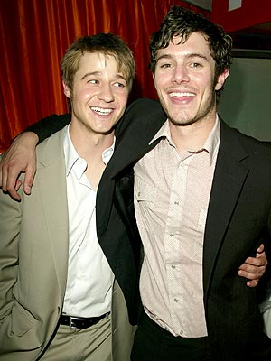 PALLING AROUND  photo | Adam Brody, Benjamin McKenzie