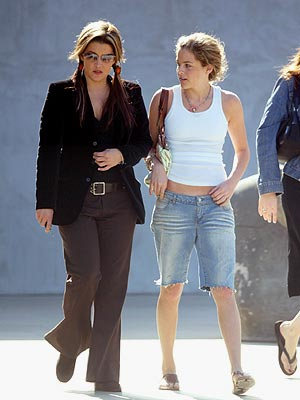 ON A SPREE photo | Lisa Marie Presley, Riley Keough