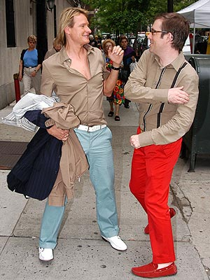 DUELING DIVAS  photo | Carson Kressley, Ted Allen