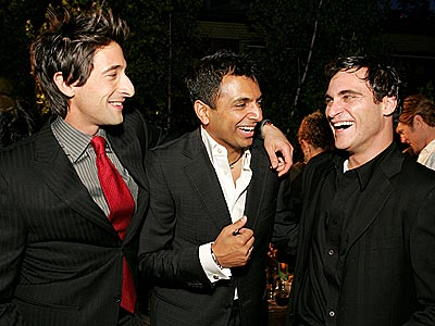 FRIGHT NIGHT  photo | Adrien Brody, Joaquin Phoenix, M. Night Shyamalan