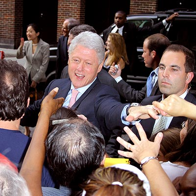 CROWD CONTROL  photo | Bill Clinton