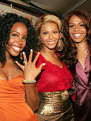 FULFILLING THEIR DESTINY photo | Destiny's Child, Beyonce Knowles, Kelly Rowland, Michelle Williams (Musician)