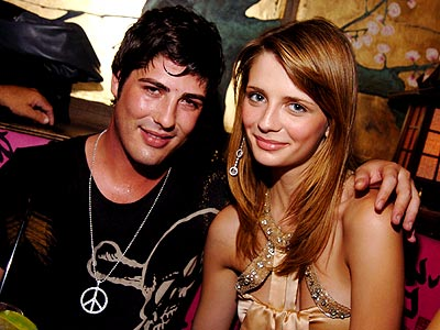 COUTURE COUPLE photo | Brandon Davis, Mischa Barton