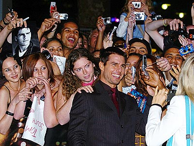 23's A CROWD photo | Tom Cruise