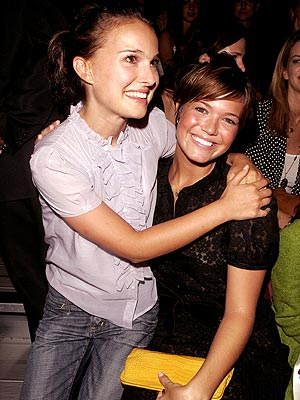 FRONT ROW FRIENDS photo | Mandy Moore, Natalie Portman