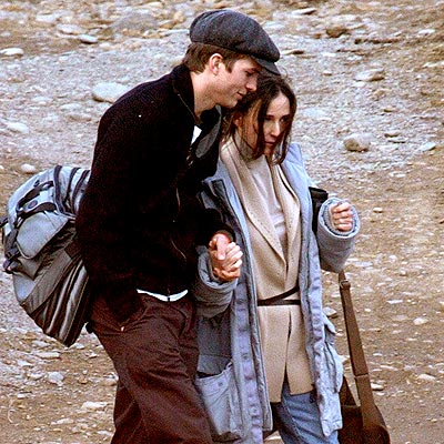 LOVE SCENE photo | Ashton Kutcher, Demi Moore