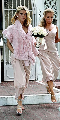 BLUSHING BRIDESMAID  photo | Jessica Simpson