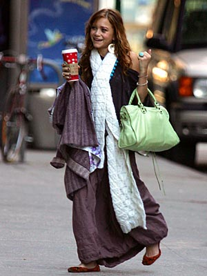 CLASS ACT photo | Mary-Kate Olsen
