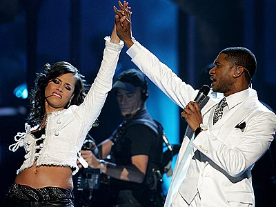 WINNING TEAM photo | Alicia Keys, Usher