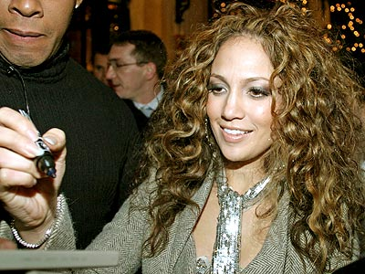 OOH LA LA photo | Jennifer Lopez