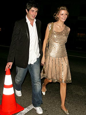 TRAFFIC STOPPERS photo | Brandon Davis, Mischa Barton