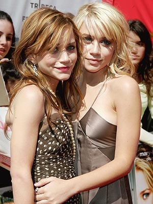 HAPPIEST IMMINENT REUNION  photo | Ashley Olsen, Mary-Kate Olsen