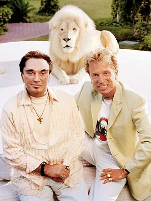 Siegfried and Roy White Tiger 3