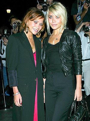 BEST USE OF FREQUENT FLIER MILES photo | Ashley Olsen, Mary-Kate Olsen